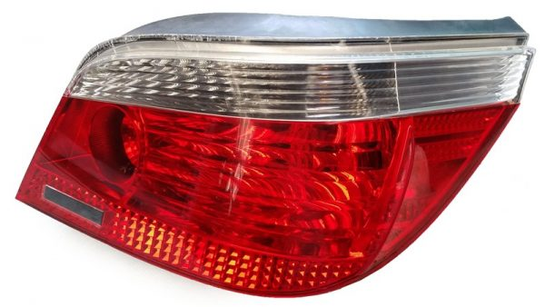 Calavera Derecha BMW E60 OEM 63217165740-0