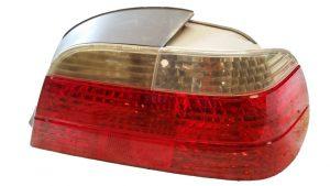 Calavera Derecha BMW E38 OEM 63216903998-0