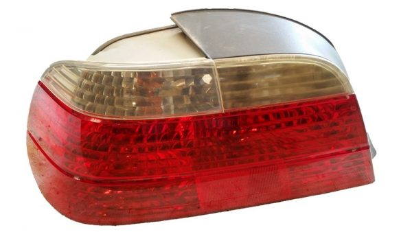 Calavera Izquierda BMW E38 OEM 63216903997-0