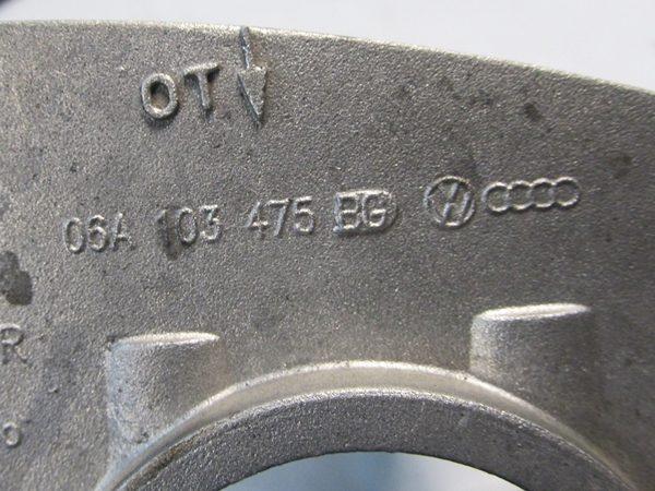 Tapa de Punterías VW 2.0L OEM 06A103475BG