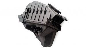Base del Filtro de Aire Audi A4 S4 No OEM 06B133837AK -0