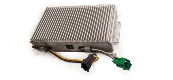 Amplificador Saab 93 OEM 4712626