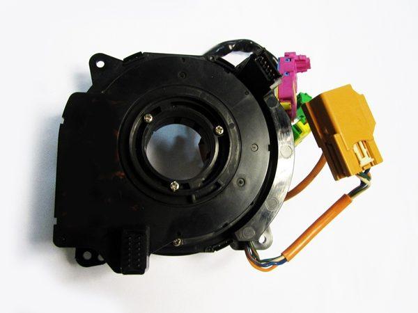 Sensor de Angulo de Giro Volvo S60 S80 V70 XC90 No OEM 8622186-6561