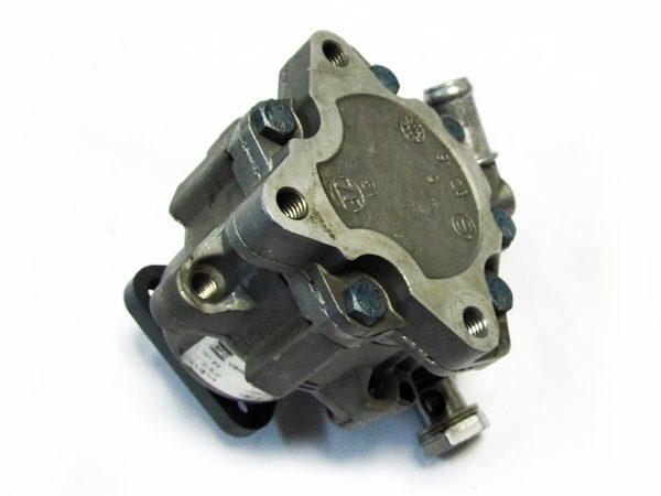 Bomba de Direccion Audi A6, VW Passat No OEM 4B0145156N-7035