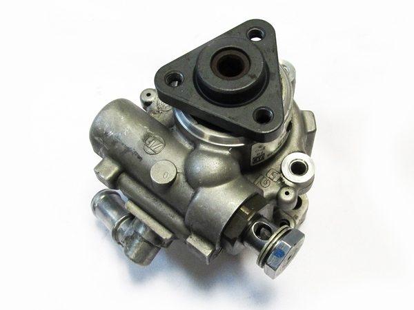 Bomba de Direccion Audi A6, VW Passat No OEM 4B0145156N-0