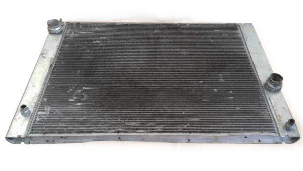 Radiador BMW E60 E61 E63 E64 No OEM 17117534914-0