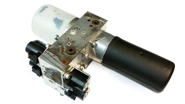 Bomba Hidráulica para Capota Volvo C70 OEM 09466628