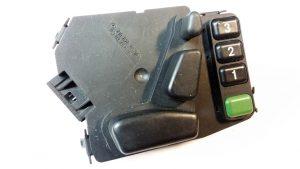 Botonera de Asiento Eléctrico con Memoria Lado Derecho Mercedes Benz CLK, E, G-Class OEM 2108209010-0